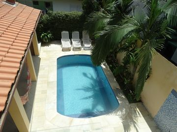 Fantastic house with pool in front of the beach, security, comfort and leisure