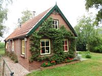 It's a nice cozy cottage, fully equipped. Because the garden trellis state,  ...