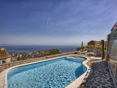 Photo for 6 bedroom Villa, sleeps 14 in Scala with Pool, Air Con and WiFi