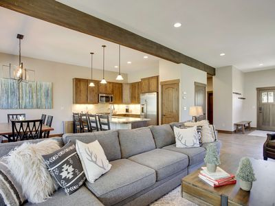 Photo for Stylish new townhome with private hot tub, two lounges, charming decor and so much more