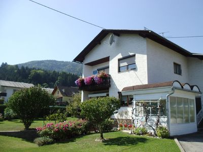 Photo for Holiday apartment Neuhaus for 2 - 4 persons with 1 bedroom - Holiday apartment in one or multi-famil