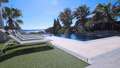 Photo for 5 * prestige villa with high quality services in the Gulf of Saint Tropez