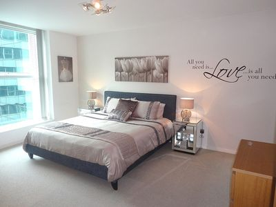 very spacious en suite master bedroom