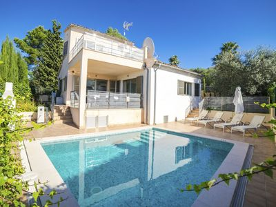 Photo for Stunning private villa for 8 guests with A/C, WIFI, private pool, TV, balcony and parking
