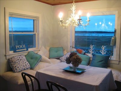 Photo for Bright Beach Cottage, Waterviews, Dogs Ok, Honeymoon, Weddings
