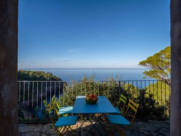 Search 1,090 holiday rentals