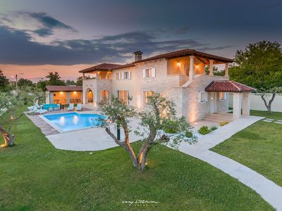 Photo for Beautiful stone villa with private pool