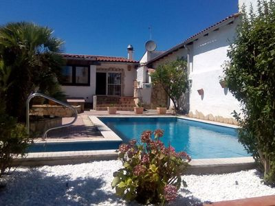 Photo for Nice house for 6 people with private pool and own mooring in Empuriabrava