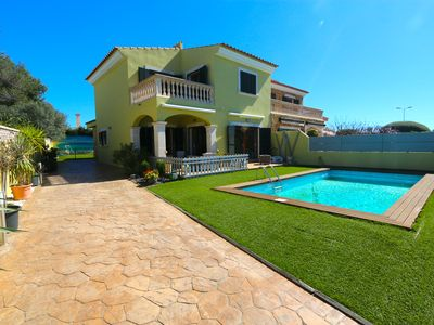 Photo for Villa with private pool, garden and sea views on the horizon.