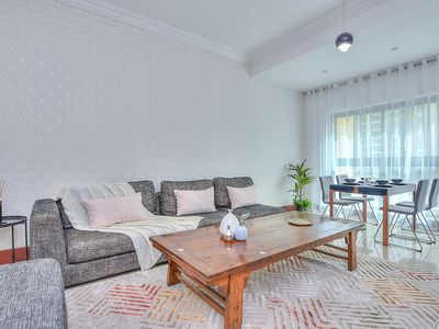 Photo for Luxurious and Elegant 1 BR apart in Golden Mile 3