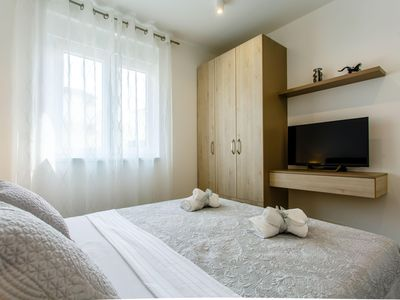 Photo for Luxury apartment with parking and private garden.Perfect choice for 6+2 person