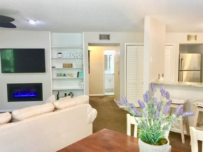 Photo for Beautifully Renovated 2 Bed/2 Bath Condo