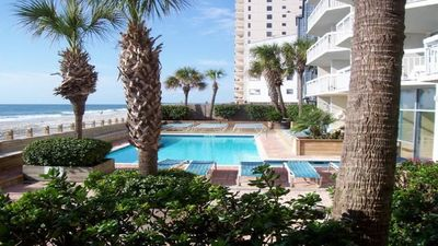 """Beautiful """"A Rated"""" Ocean Front Condo.. Pools.. Hot Tubs.. And Lots of Ocean!"""