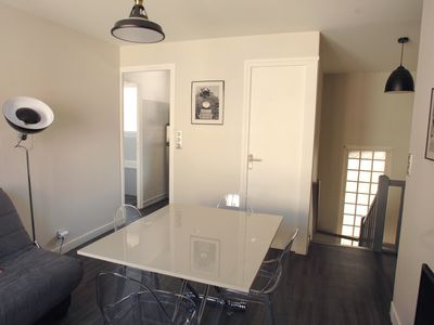 Photo for F3, located 350 m from the beach and 200 from the city center, renovated, bright, wifi