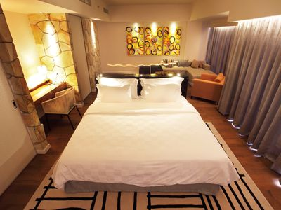 Photo for Modern Spacious Suite with Free Stocked Minibar (TStone Suite4)