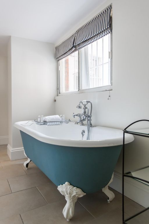 Sloane Gardens - luxury 2 bedrooms serviced apartment - Travel Keys
