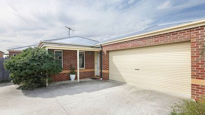 Photo for The Roslyn Villa - Geelong