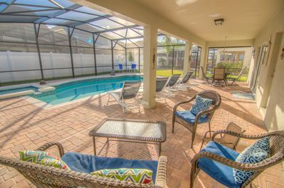 Covered Lanai overlooking Pool
