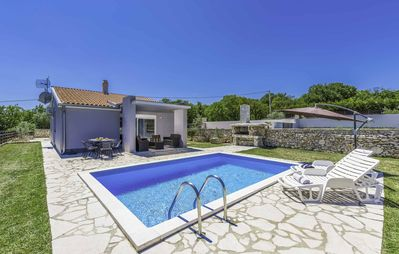 Photo for Casa Vida - Two Bedroom Villa, Sleeps 4