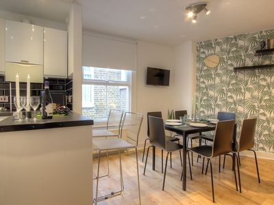 Photo for 3 Bedroom Apt in London #QP