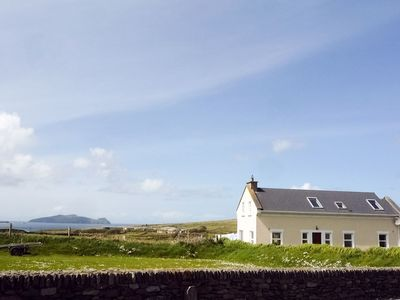 Photo for 3 bedroom property in Dingle. Pet friendly.