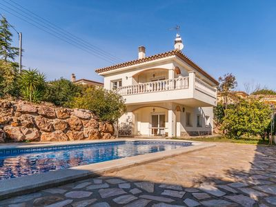 Photo for Marvellous detached villa with private swimming pool and breathtaking view