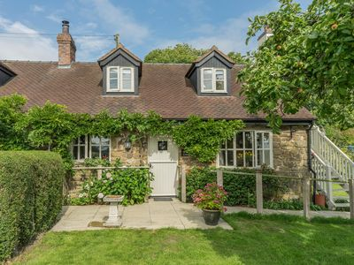 Photo for CRISPEN COTTAGE, romantic in Wall-Under-Heywood, Ref 2625