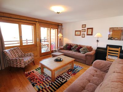 Photo for Beautiful apartment located close to the ski lifts of Médran. It consists of two bedrooms, 1 bathroo