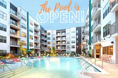The pool open! Come enjoy the sun in Nashville! Just minutes from Broadway!