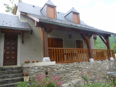 Photo for Self catering Hameau de Pouy, Vallée des Nestes for 6 people