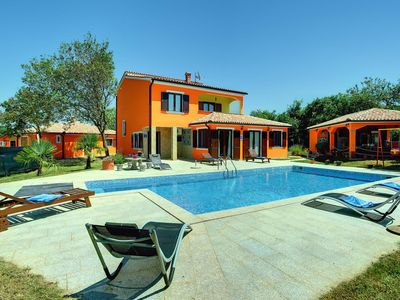 Photo for Villa with big garden and large pool near Pula  JULY/AUGUST 20% DISCOUNT