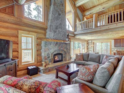 Photo for FREE SkyCard Activities - Beautiful Log Cabin, Hot Tub, 2 Master Suites - Timber Ridge Lodge