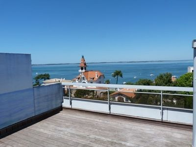 Photo for ARCACHON - T2 WITH LARGE TERRACE VIEW BASIN