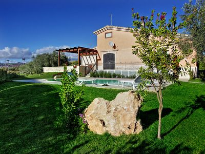 Photo for Farmhouse La Collina degli Iblei
