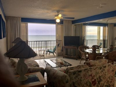 Photo for True One Bedroom condo with Direct Ocean view from a private balcony.
