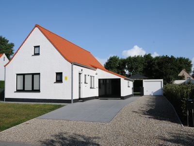 "Photo for Holiday home ""Villa Karin"" in a very quiet location on the Belgian coast"