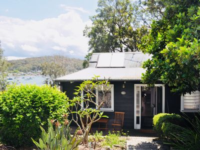 Photo for Family & pet friendly holiday house on the waterfront. Linen & towels included.