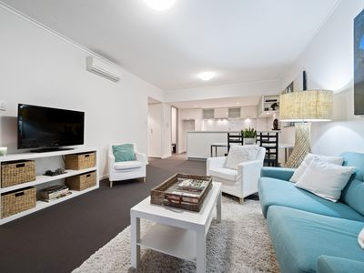 Photo for Brilliant Beaufort St-designer apartment with views - perfect location