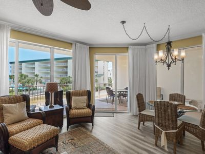 Photo for Lovely 1st Floor Condo! Sauna, Fitness Center, Pool, Tennis Courts, and Meeting Space!