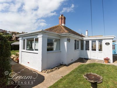 Photo for TERN COTTAGE, family friendly, with a garden in West Bay, Ref 994718