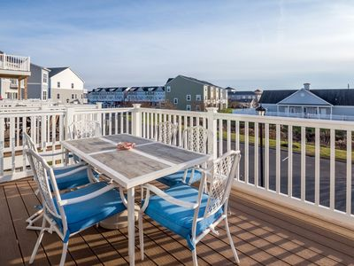 Photo for Sleeps 10 - 4 bedroom - Bikes - Assateague Parking - Close to Marina and Outlets