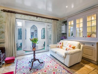 Photo for Classic Westminster Home near to Buckingham Palace