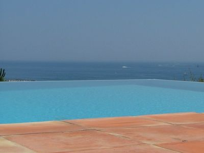 Photo for 5 bed Villa, stunning sea view and infinity pool near beaches in Ste Maxime