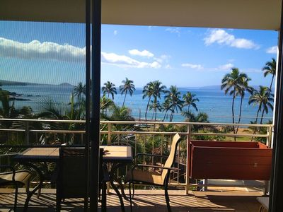 Living room view and lanai. Same view from master bedroom lanai