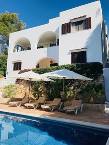 Photo for Villa by the sea with large pool, stunning views, air conditioning, wifi