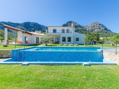 Photo for LA GOBIA - Villa with private pool in Bunyola.