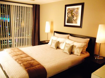 Photo for Luxury 1 Bedroom Condo in the Heart of Downtown Toronto