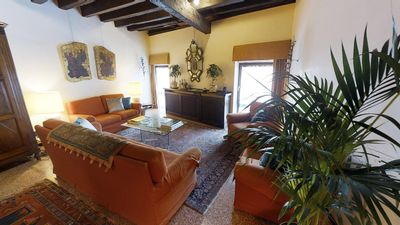 Photo for The perfect Gran Canal view for a romantic retreat in Venice