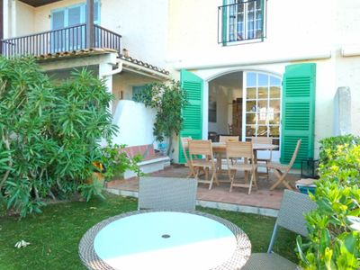 Photo for Renovated 6 persons house  et  11 m mooring