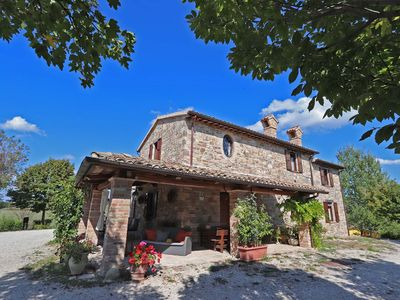 Photo for SPECIAL PRICE EURO 1000 Private villa with pool, pet-friendly, Le Marche